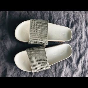 Frye Slip On Sandal Size 9